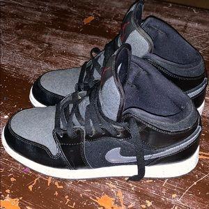 Boys Jordan Shoes